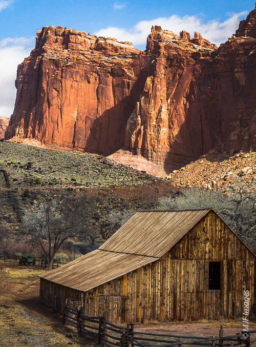 If I include human-related elements in my pictures, they must fit in very well to the landscape: Capitol Reef, Utah.