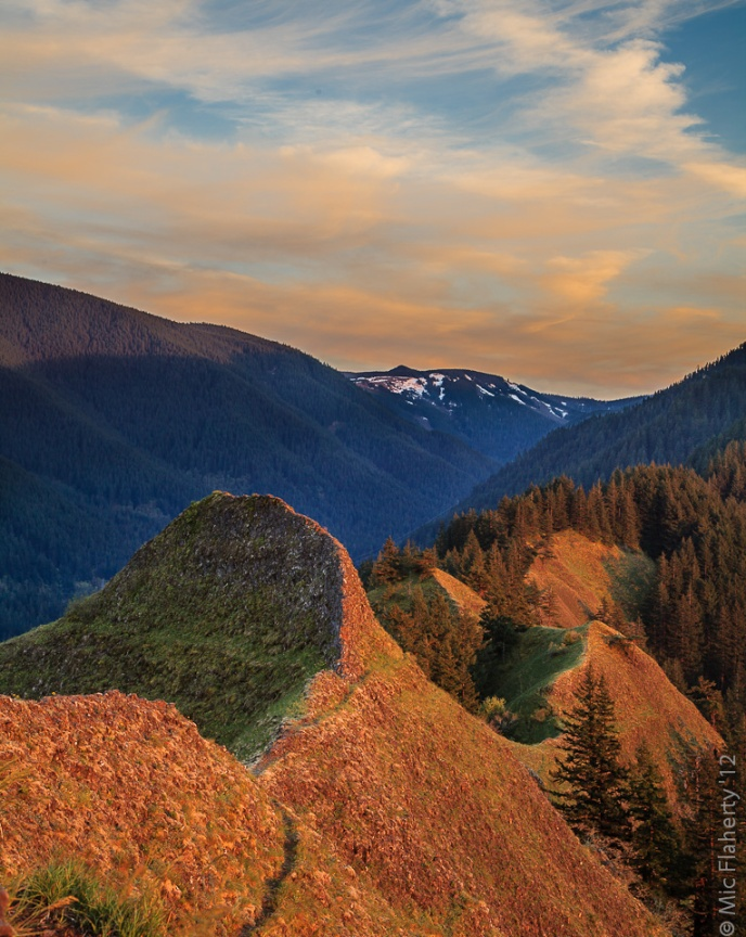 A view from Munra Point south toward the high country gives an idea of how spectacular the hiking can be in Oregon's Columbia River Gorge.