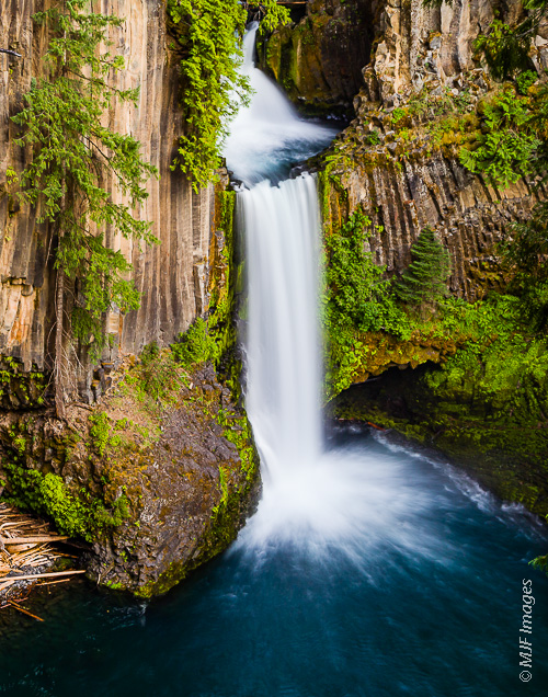 Most Oregon waterfalls drop over basalt cliffs, such as Toketee on the North Umpqua River.  This is not surprising, since basalt is a very hard rock, prone to forming cliffs resistant to erosion.