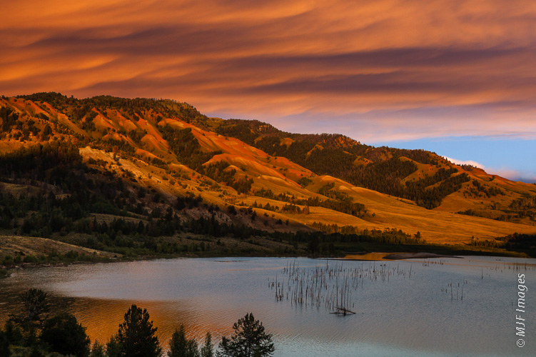 In the Gros Ventre Mountains east of Jackson Hole, Wyoming, an earthquake in the 1950s created a beautiful lake.