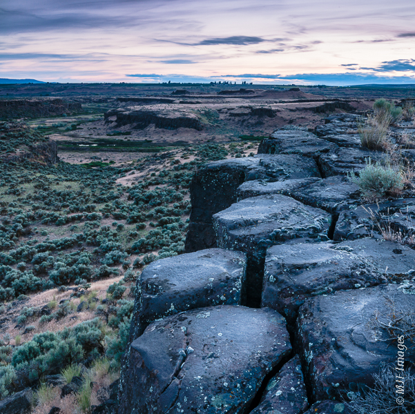 The Channeled Scablands in eastern Washington are a maze of canyons cut into thick columnar basalt lava rock.