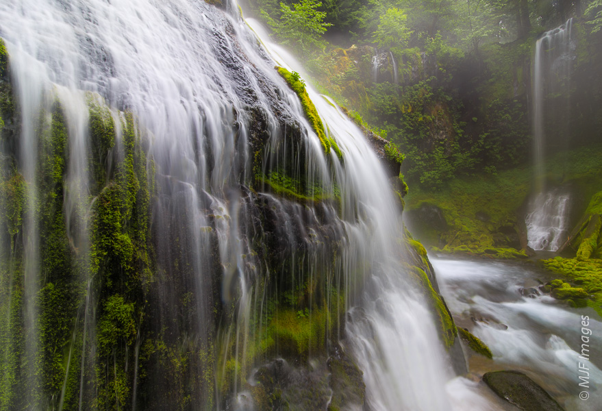 Getting very close to a full Panther Creek Falls in southwest Washington was a wet experience!