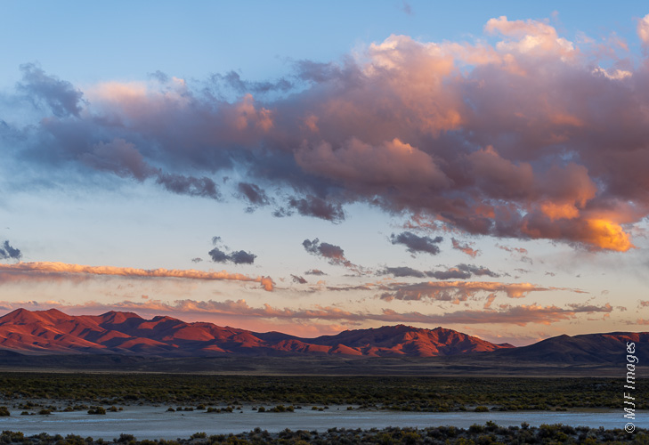 The Trout Creek Mountains lie just south of the Alvord Desert near Oregon's border with Nevada.