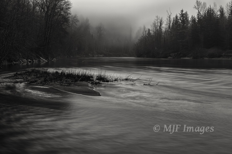 Sandy River, Oregon:  No great dynamic range required here!