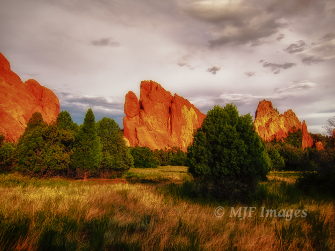 Garden of the Gods, Colorado.  This image has fairly high contrast, and so a histogram very similar to Figure 2.