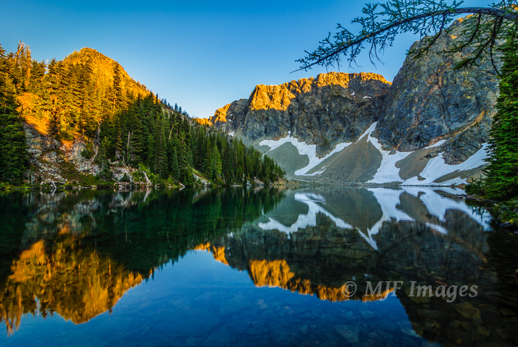 The aptly-named Blue Lake in Washington's North Cascade Mtns.