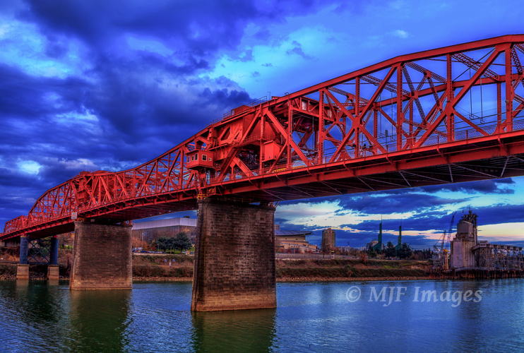 Portland, Oregon is nicknamed Bridge City for a reason.