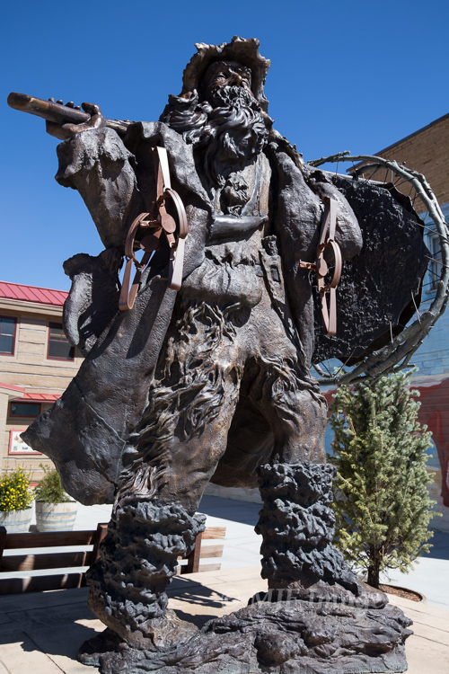 This statue outside the Museum of the Mountain Man in Pinedale, Wyoming symbolizes this post's topic.