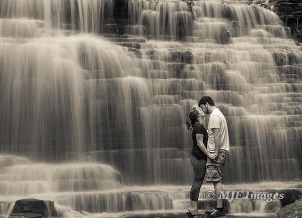 A cascading kiss!