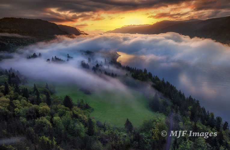 Daybreak over the Columbia River Gorge.