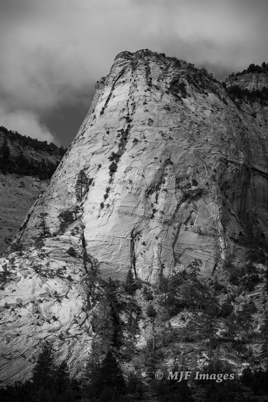 The magnificence of East Zion in black and white.